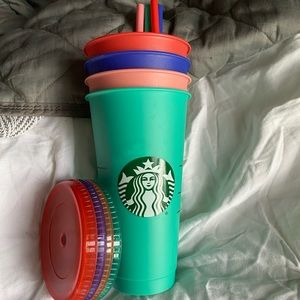 Starbucks color changing cups!
